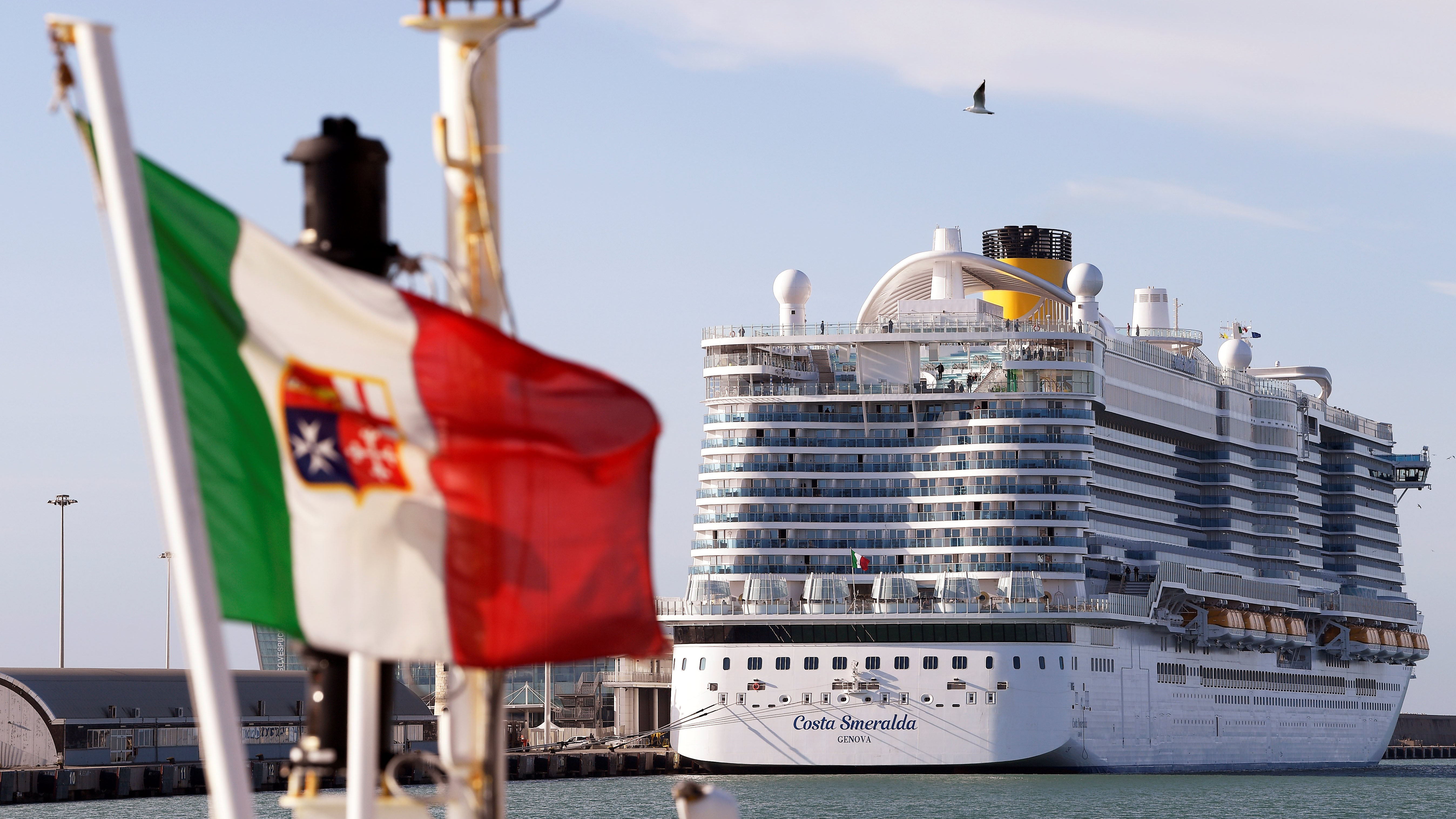7,000 people held on cruise ship in Italy over possible ...