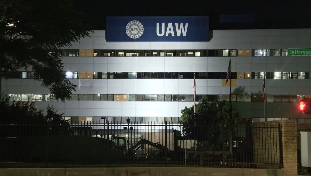UAW member at FCA facility in Indiana tests positive for ...