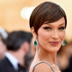 Bella Hadid recalls 'enormous pressure' she felt to bee seen as a 'sexbot' in early modeling days 💥👩💥