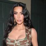 Kim Kardashian shares her 'resting beach face' as she poses in a thong bikini 💥💥