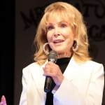 'I Dream of Jeannie' star Barbara Eden gets candid on staying fit at 90: 'I'm a carnivore' 💥👩💥