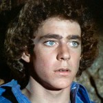 'Brady Bunch' star Barry Williams reflects on bonding with his TV family: 'We protected each other' 💥👩💥
