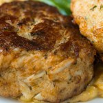 Chef's famous crab cakes he serves at top South Carolina restaurant: Try the recipe 💥💥