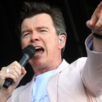 Rickrolling propels Rick Astley to 1 billion YouTube views and counting 💥👩💥
