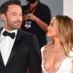 Jennifer Lopez and Ben Affleck make first red carpet appearance since reigniting their romance 💥👩💥