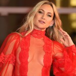 Kate Hudson stuns in sheer red dress after modeling the 'ovary cutout' at the Venice Film Festival 💥👩💥