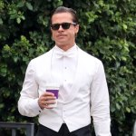 Brad Pitt spotted dressed to the nines on set of 'Babylon' 💥👩💥