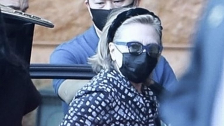 Watch Hillary Clinton arrives at UC Irvine Medical Heart as Invoice Clinton recovers from an infection – Fox Politics News