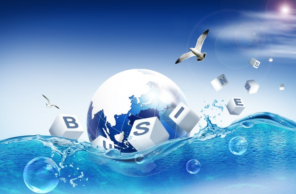 globe swimming in water psd background