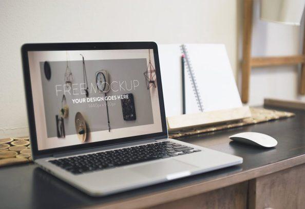 macbook-laptop-mockup-free