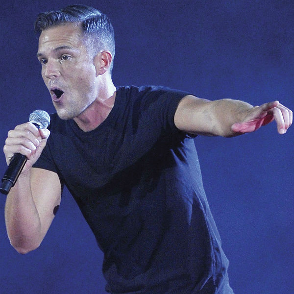Brandon Flowers Removes Wedding Ring After Theft At