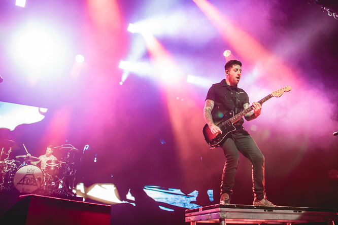 Mania Album Cover Fall Out Boy Wallpaper Fall Out Boy Leeds First Direct Arena 03 10 2015 Gigwise