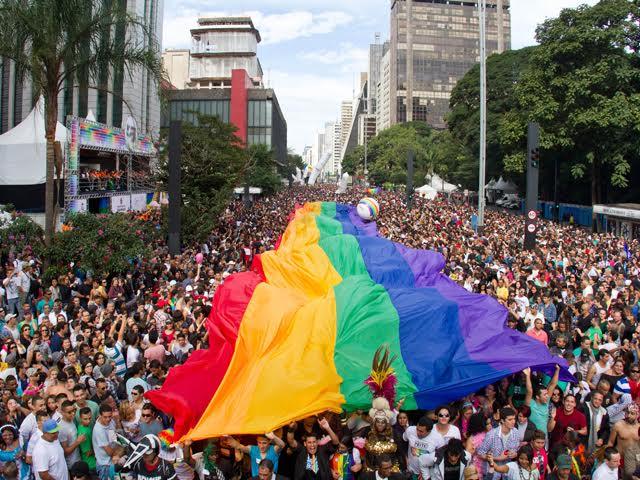 """O filme """"Divinas Divas"""" terá seu próprio trio elétrico na Parada LGBT 2017 de São Paulo"""