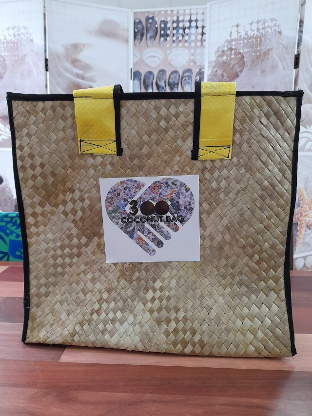 The making of recycled and reusable coconut bags is generating employment and incomes for youths, women and disabled people affected by the pandemic in Port Vila, Vanuatu. Photo credit: 300 Coconut Bag Project