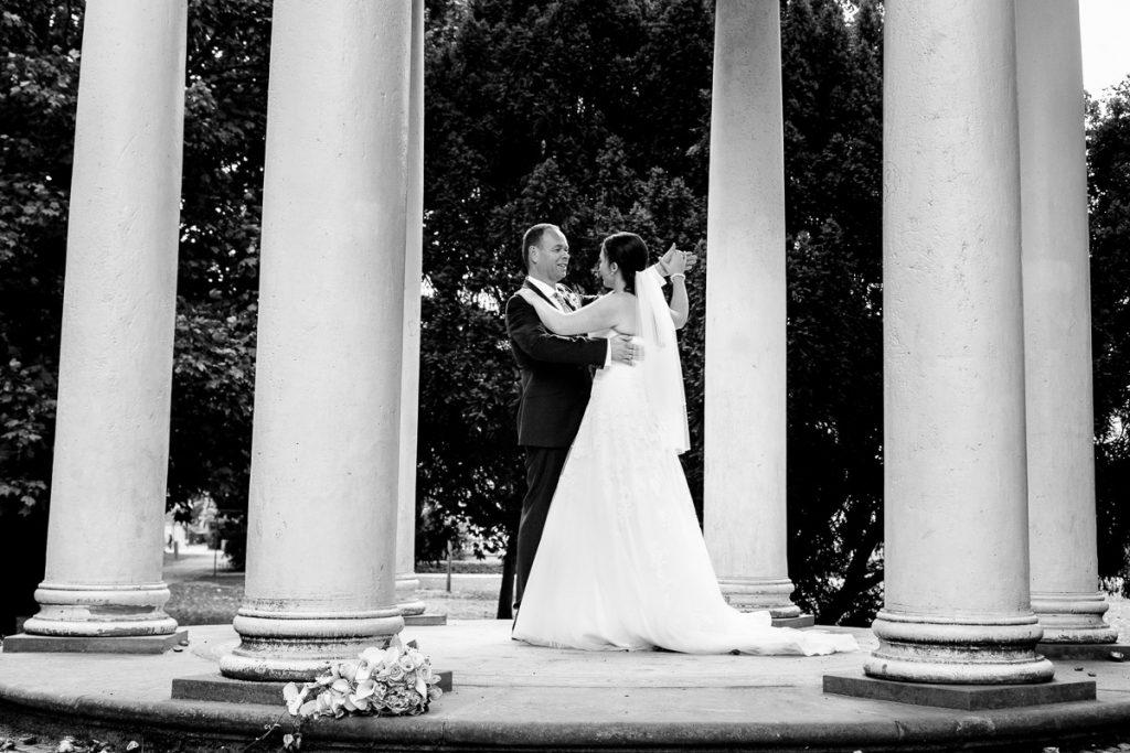 Hochzeitsfotos im Regen  GLCKLICHT Fotografie