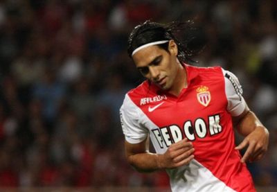 Falcao handed No.9 shirt at Manchester United