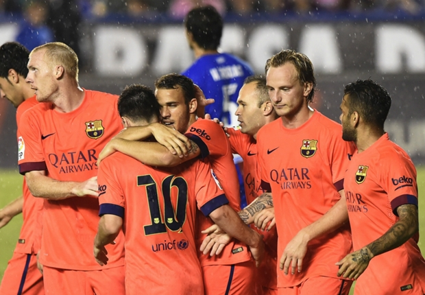 Messi marvels in playmaker role for five-star Barca