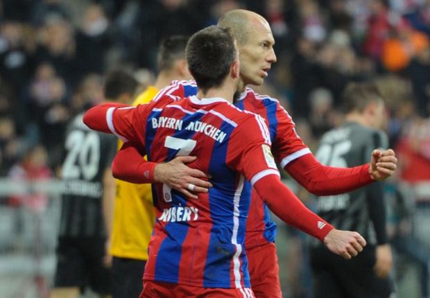 """Dirigente do Bayern defende Robben e Ribéry: """"são exemplares"""""""