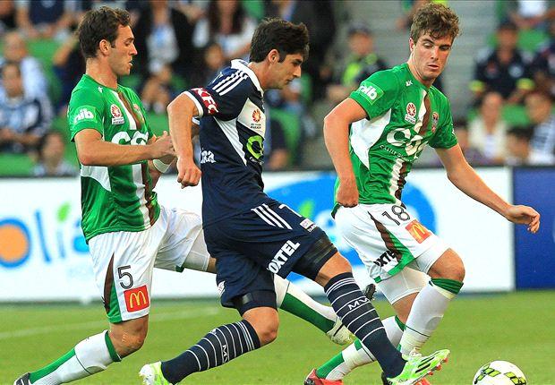 Melbourne Victory 1-0 Newcastle Jets: Finkler free-kick wins it