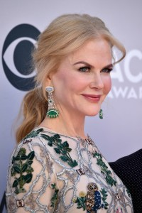 Nicole Kidman Looks Great the ACMs. - Go Fug Yourself