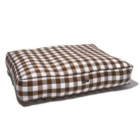 Wagwear Gingham Check Dog Bed | Gracious Style