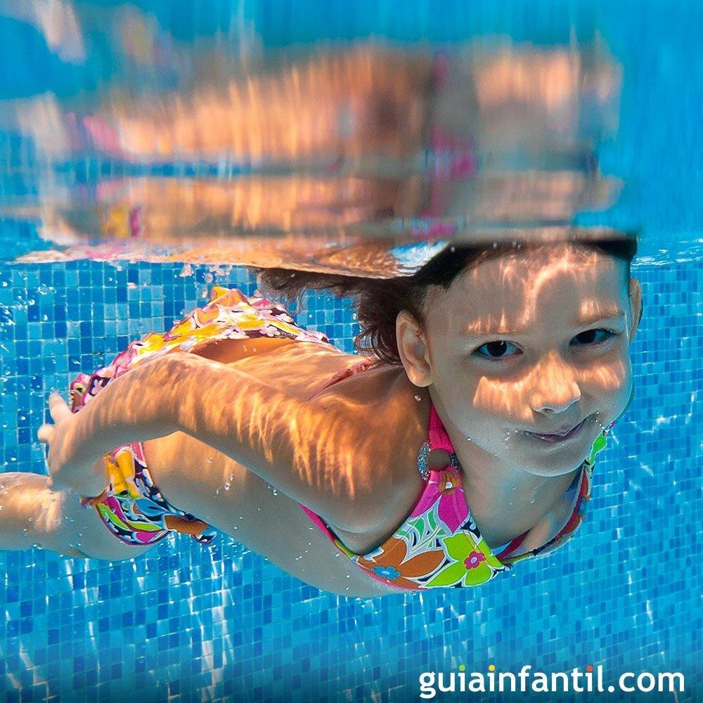 Cmo evitar la otitis de los nios en la piscina