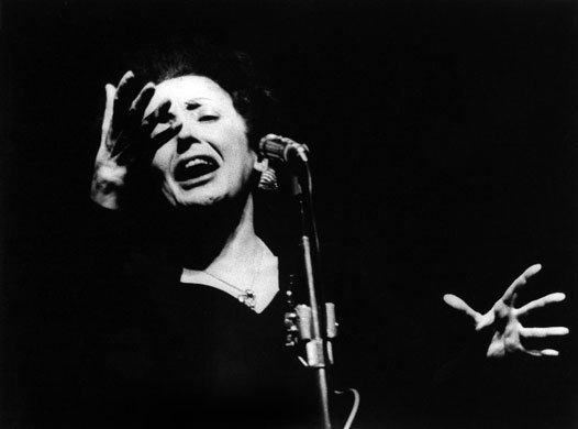 Week-in-art-Edith-Piaf-Em-001.jpg (526×390)