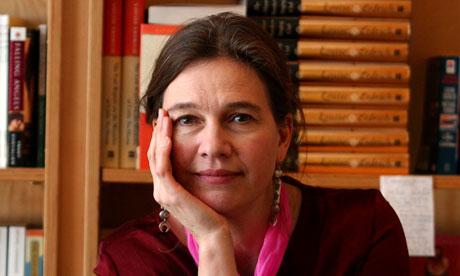 Louise-Erdrichs-The-Round-010.jpg