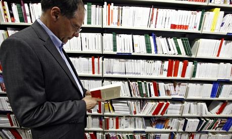 foreign language book shop