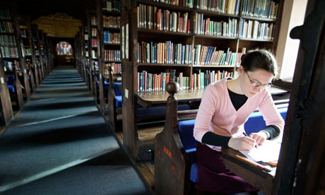 A student working in the library at Oxford University