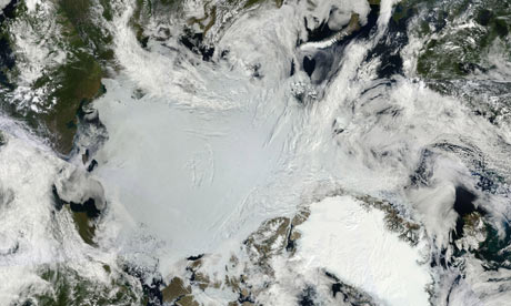 Clear skies allowed a largely unobstructed view of the Arctic in early July 2011
