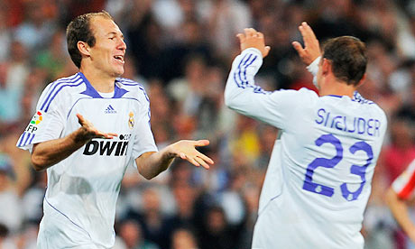 https://i0.wp.com/static.guim.co.uk/sys-images/Football/Pix/pictures/2010/5/21/1274441751010/Arjen-Robben-and-Wesley-S-006.jpg