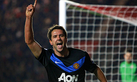 Michael Owen celebrates scoring for Manchester United