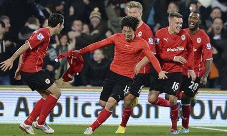 Kim Bo-kyung celebrates