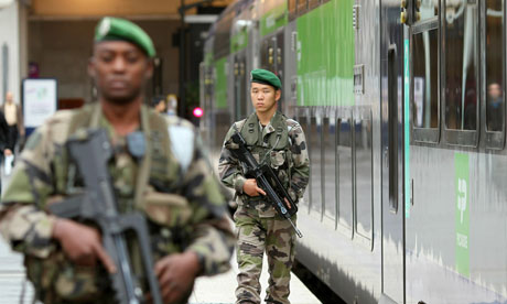 Soldiers patrol the Gare du Nord in Paris