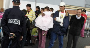 Roma families being deported from France