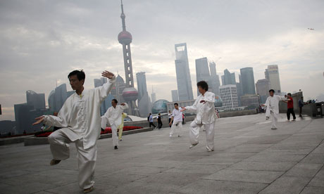 People doing early-morning taichi in Shanghai