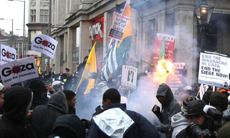 People March on High Street Ken today