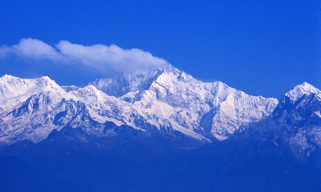 Himalayas: Mount Kanchenjunga from Darjeeling