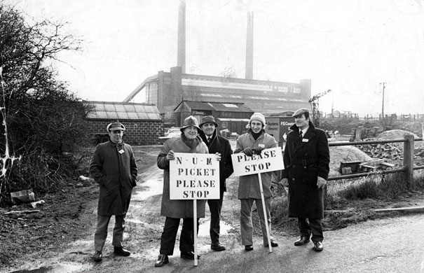 Three day week: Coalminers strike, Britain 1974