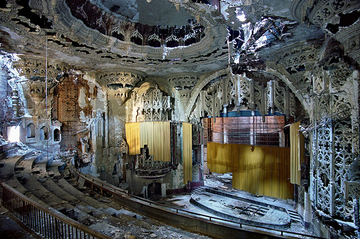 Ruins of Detroit: United Artists Theater in Detroit