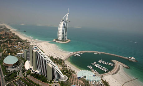 Britons arrested for kissing in Dubai