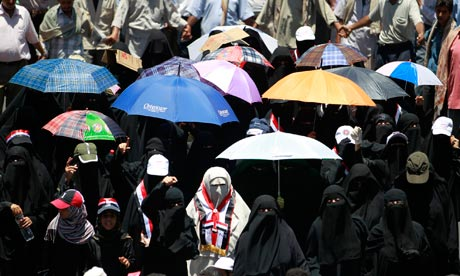 Women march against President Ali Abdullah Saleh in the southern city of Taiz on 16 April