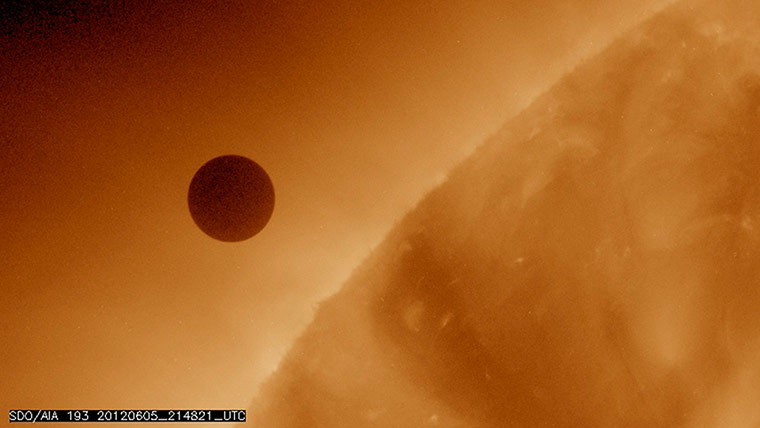 Venus transiting sun: Venus transiting the sun in pictures