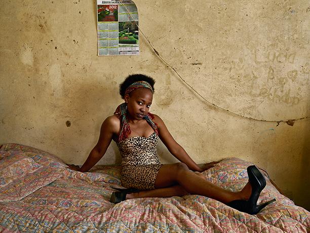 Pieter Hugo - Kin: Mandy Matlala, Langaville, Ekurhuleni, 2012