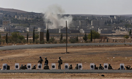 Turkish soldiers near Kobani