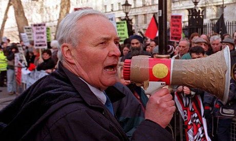 Tony Benn on an antiwar protest in 1998