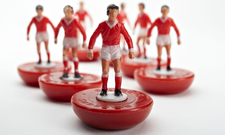 Subbuteo football players