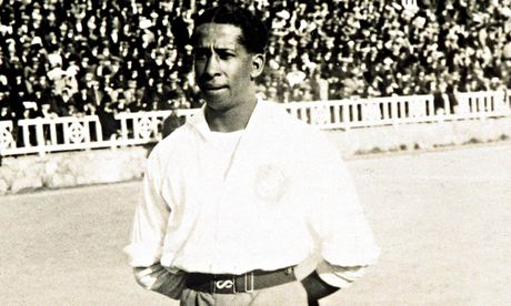 Andrade before the World Cup football final in 1930. Photo by Getty