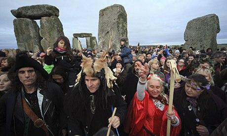 Druids Celebrate Winter Solstice At Stonehenge